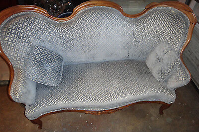 Antique Vintage Victorian Walnut? Parlor Loveseat Couch Blue Velvet 2 Pillows