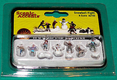 Woodland Scenics N Scale Snowball Fight A2183 6 Figure and Snowman set