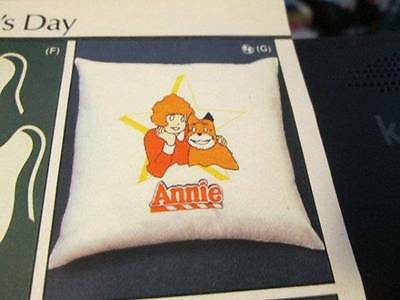 Tri-Chem Annie Pillow Cover #7129- 14 Inches Square-To Paint/Embroider