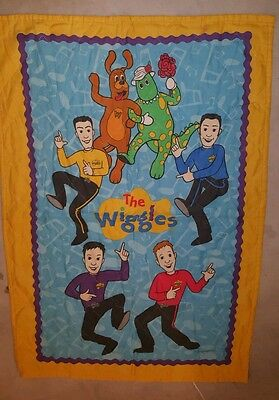 The Wiggles Toddler Bed Bedding Bedspread Vintage (Bedspread only) #1571