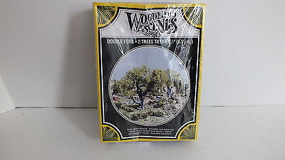 """New Woodland Scenics Double Fork Trees 3 1/2"""" TK18 (A64)"""