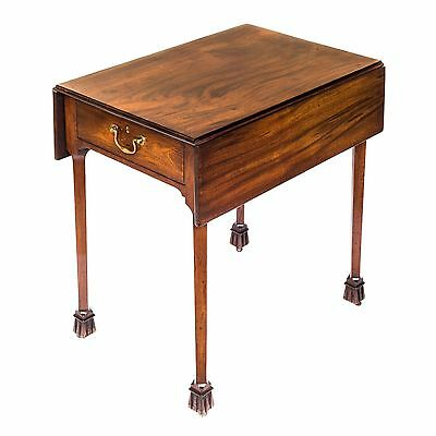 Fine Antique George II Chinese Chippendale Mahogany Pembroke / Drop Leaf Table