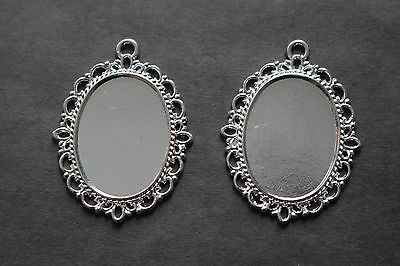 Silver Plated Oval Cameo Frame Pendant 18 x 25mm x 2