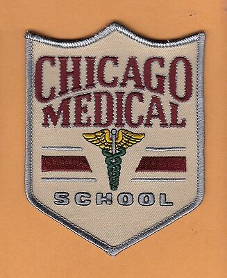 LOT of 22 OLD LARGE 4 1/2 inch CLASSIC PATCHES CHICAGO MEDICAL SCHOOL UNUSED