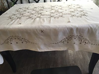 Vintage Ivory Linen Embroidered Cutwork Tablecloth 85 x 60