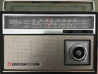 Vintage National Panasonic 3 Band 8 Transistor Ac/dc Portable Radio #r331B