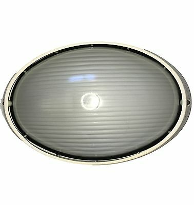 Large  LED or CFL External Oval Bunker Wall Light -IP54 Cream Alloy