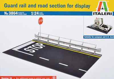 Italeri 1/24 Road Section with Guard Rail Construction Modelling Kit 3864