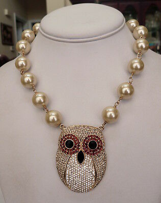 Akkad Wise Eyes Owl Sparkling Pave-Set Crystal Rhinestone Faux Pearl Necklace