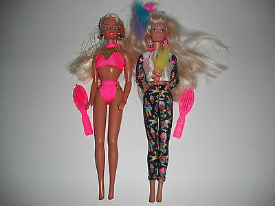 Pair Set Lot Of 2 Vintage Barbie Dolls W/ Toy Brush - Troll  / Hot Pink Outfit