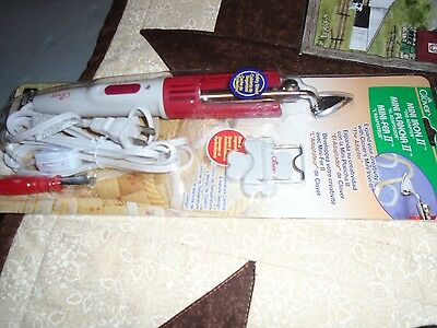 Quilting And Sewing Tool - Clover Mini Iron II - The Adaptor !  Pressing Seams !