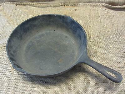 Vintage #8 Cast Iron Skillet > Camping Antique Old Primitive Cookware 9613