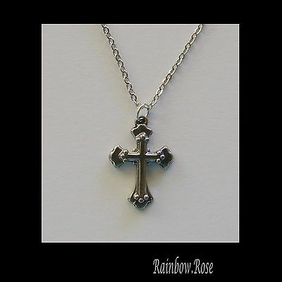 Pewter Necklace on chain #266 CROSS (22mm x 15mm) Silver Tone