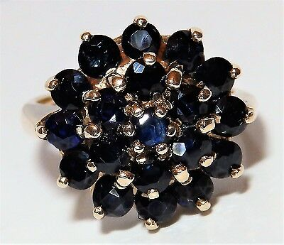 A Fine Huge  9Ct Yellow  Gold  Sapphire Cluster Engagement Ring Size M 1/2