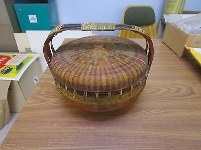 Vintage  SIGNED CHINESE WICKER SEWING BASKET Yick  Loong Label