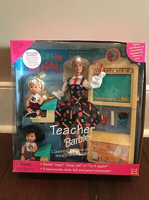 NIB Teacher Barbie 1995 with students 13914 Barbie talks and there are sounds