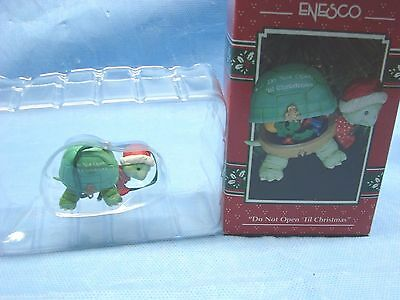 1993 Enesco Treasury Do Not Open Til Christmas Ornament NIB