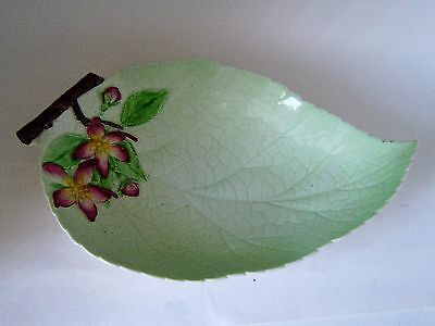 Art deco Carlton wear leaf dish apple blossom Australian design vintage(N 3)