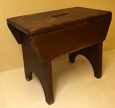 MAKE OFFER 19th Century Old Ontario, Canada Original Finish Stool Square Nails