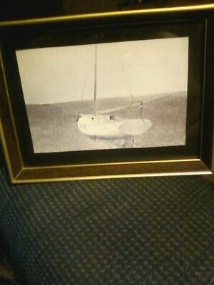 Below Dover Tempera 1950 8 X 6 Picture Frame.