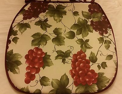 "SET OF 4 KITCHEN CHAIR PADS CUSHIONS 15"" x 15"" with strings, GRAPES"