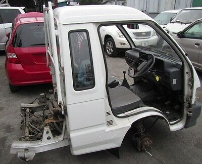 Daihatsu Hijet Jumbo 4Wd S83P X1 Unit Front Half Cut And Parts K-Truck Spares
