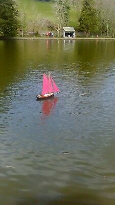 """Radio Controlled Boat Gaff Cutter """"Our Adventure"""""""