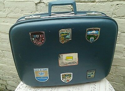 VINTAGE 70s HARD BODY DAYTRIP SUITCASE PERFECT FOR DISPLAY OR CAMPERVAN