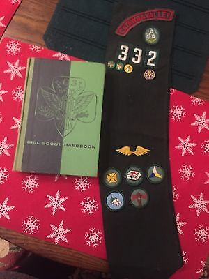 GIRL SCOUT HANDBOOK 1959 Plus Sash From Catawba Valley With Merit Badge