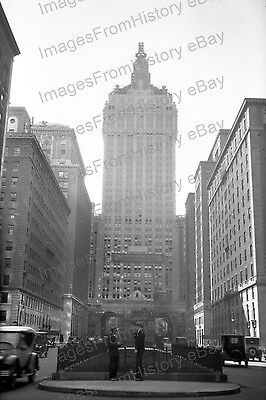 20x30 Poster New York Central Building 1930's #1090