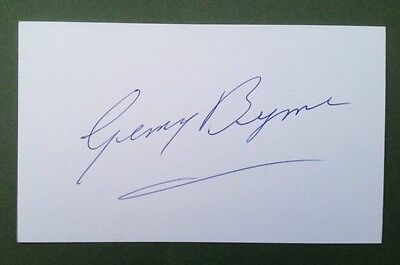 Gerry Byrne Autograph Signed 5X3 England 1966 World Cup Card Liverpool