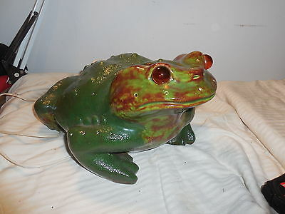 """Large Ceramic Lawn Yard Realistic Green Frog 14"""" Long Lights Up"""