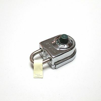 Sargent and Greenleaf 8077 AB Exposed Shackle Combination Padlock