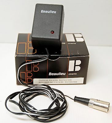 """chargeur NEUF pour CAMERA """" BEAULIEU R16  ELECTRIC """" - 16 mm"""