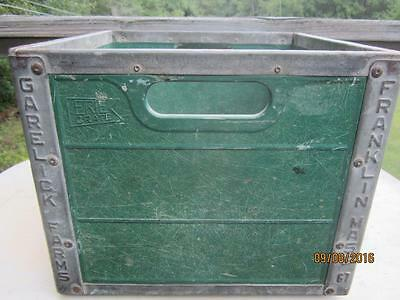 Vintage Erie Crate Garelick Farms Dairy Fiberglass & Metal Milk Case Date 1967