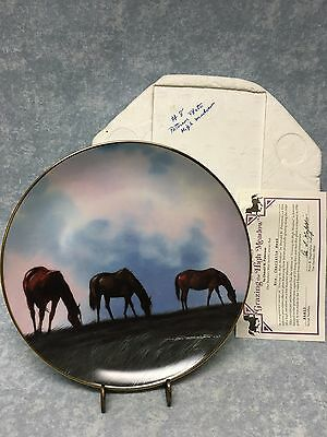 """Horse Grazing High Meadow Danbury Mint Collector Plate Don Patterson 1992 8"""""""