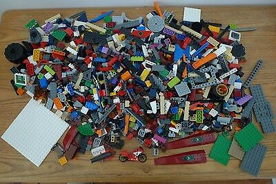 Lego over 1.1 kilograms bulk lot of mixed pieces,free postage,lot 2.