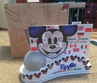 Disney Epcot First Release 4x6 Mickey Mouse Flags Resin Picture Frame Disneyland