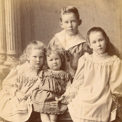 1880s BEAUTIFUL BROTHER & SISTERS CABINET CARD PHOTO SURREY VICTORIAN CHILDREN