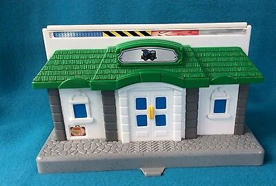 Fisher Price GeoTrax Train Depot/Remote Control Dock #Docking Station #Geo Trax