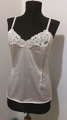 Vanity Fair Women's Size 32 Pale Pink Camisole with Lace