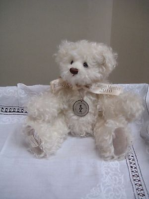 "Dean's Rag Book Collector's '2010 Platimum' 13"" Teddy Bear With Certificate"