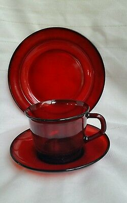 Arcoroc France Ruby Red Cups Saucer Plate Vtg Glass NEW IN BOX NOS 12 PC SET **