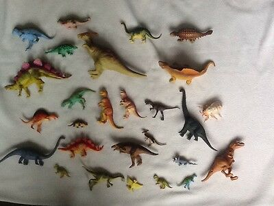 Large Bundle of 20+ Plastic Dinosaurs