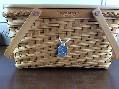 Longaberger Founders Tribute to Dave Medium Market Basket w Protector Lid Tie On