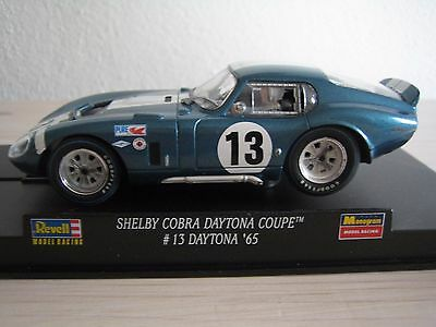 Revell SHELBY COBRA COUPE Daytona ´65 - fährt auf Carrera Evolution Fly Ninco