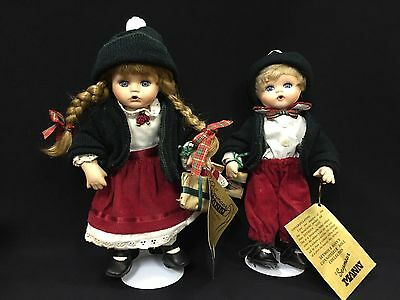 Seymour Mann, Christmas Twice As Nice, Connoisseur Doll Collection - Pair
