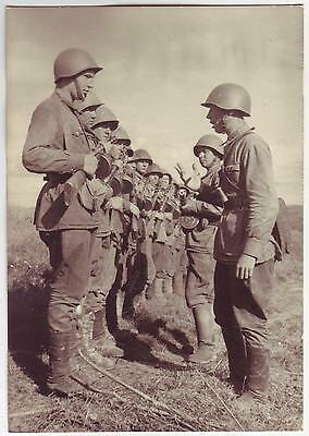 Russian Wwii Press Photo: Infantry Soldiers Lining Up, Wartime Routine