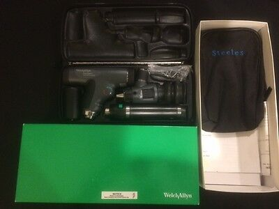 Welch Allyn 97810-MS PanOptic Ophthalmoscope Otoscope Set 118 Series