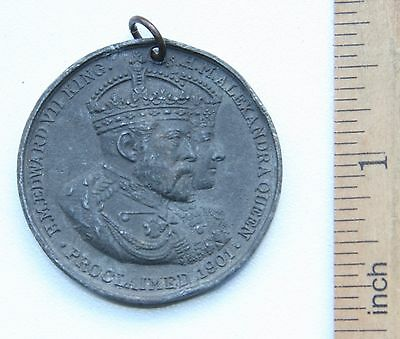 1901 KING EDWARD VII and QUEEN ALEXANDRA COMMEMORATE MEDAL